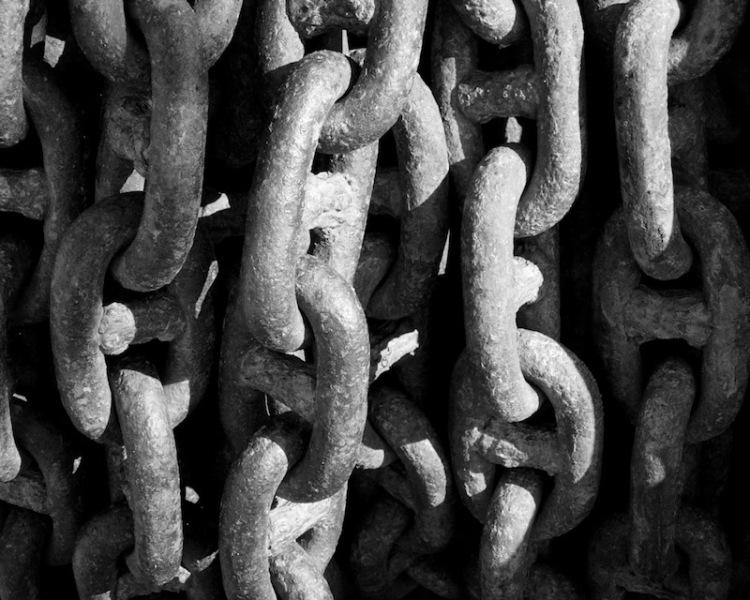 Ship anchor chains